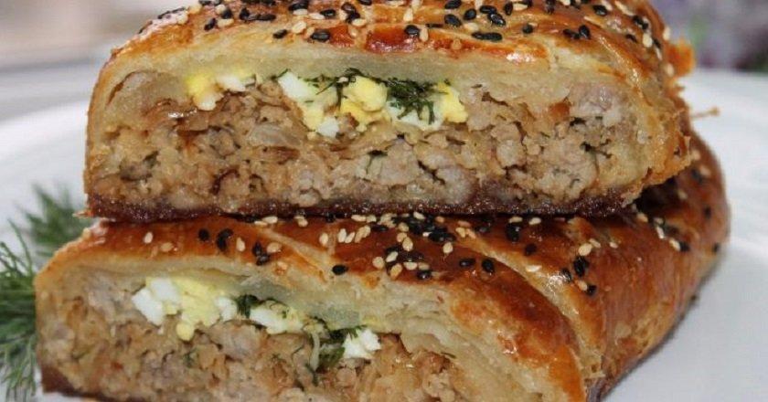 М'ясний пиріг з капустою подивитися рецепт