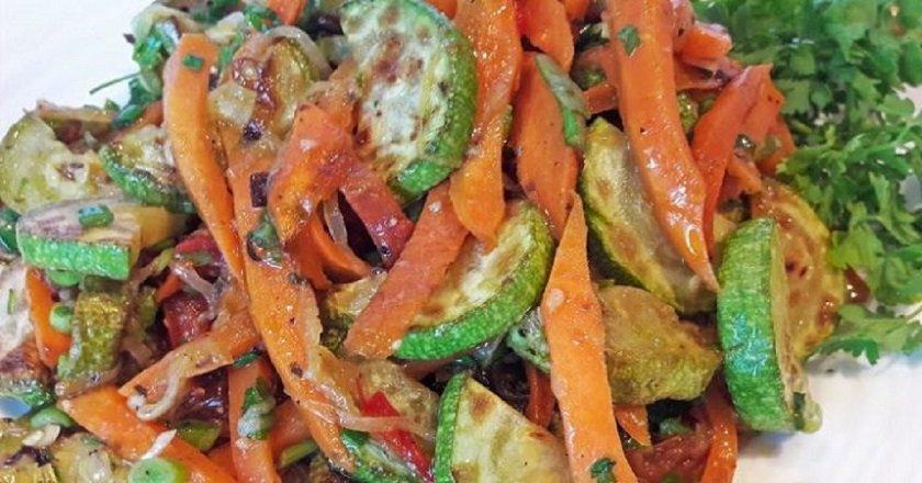 Теплий салат подивитися рецепт
