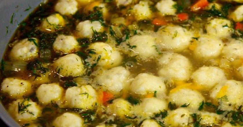 Суп з сирними кульками подивитися рецепт