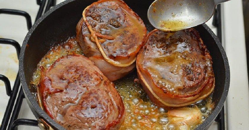 Стейки з яловичини подивитися рецепт