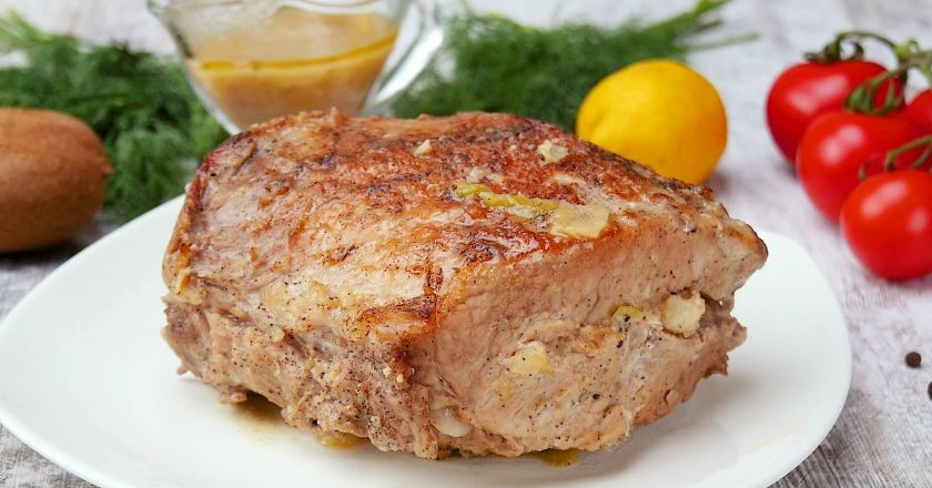 Фарширована свиняча корейка як приготувати, покрокові рецепти від «Це Смак»