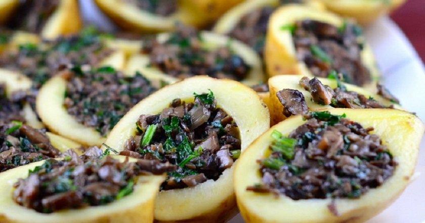 Картопля, фарширована грибами подивитися рецепт