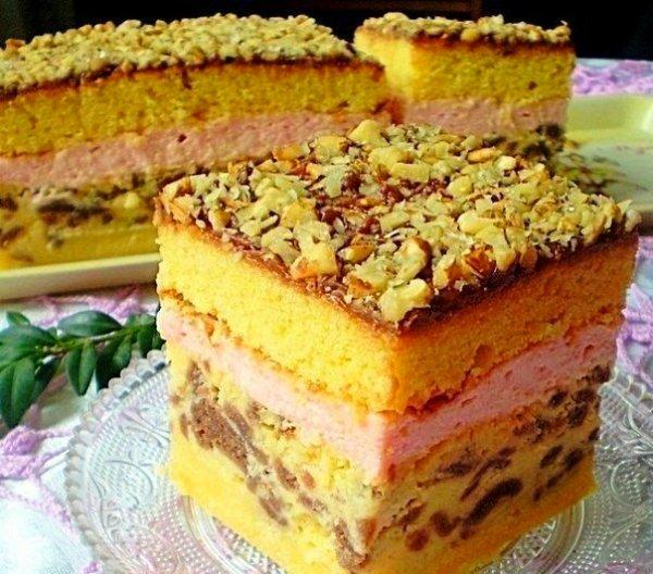 Багатошаровий пиріг з сиром