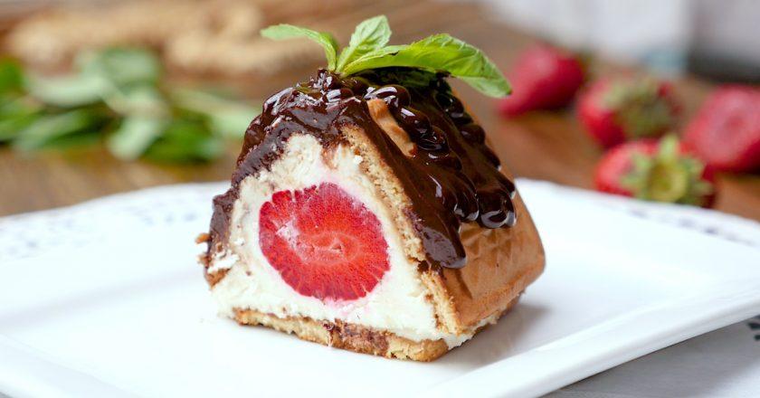 Сирний десерт з полуницею подивитися рецепт