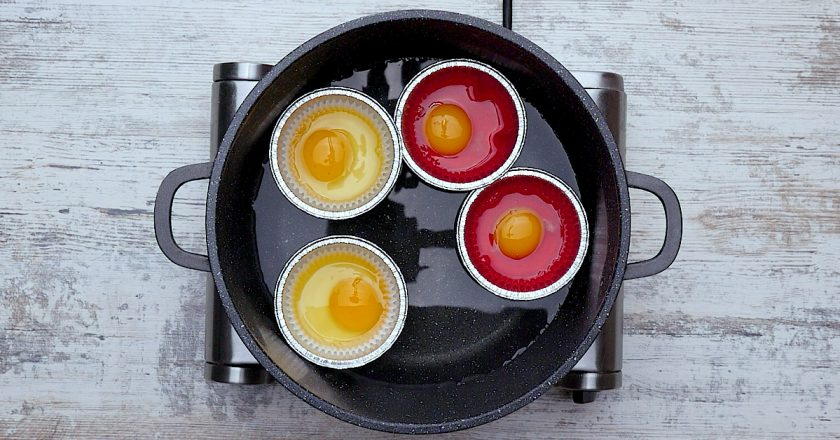 Яєчня з помідорами подивитися рецепт