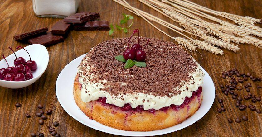 Пиріг з вишнями «Насолода»