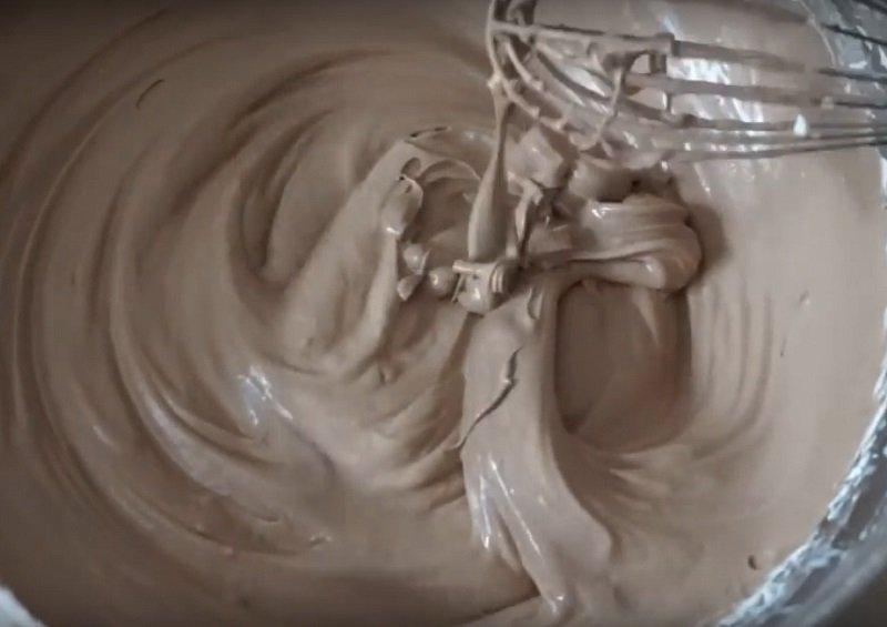 Шоколадний бісквітний торт «Деспасито»