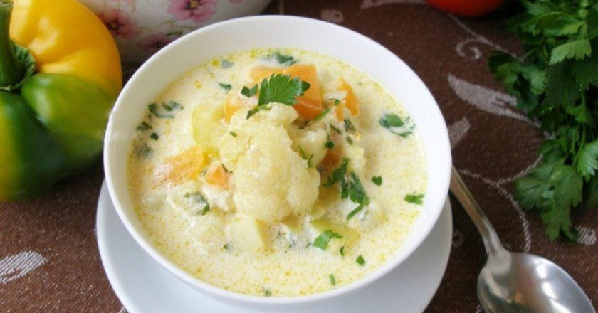 Суп з цвітної капусти і кабачків подивитися рецепт