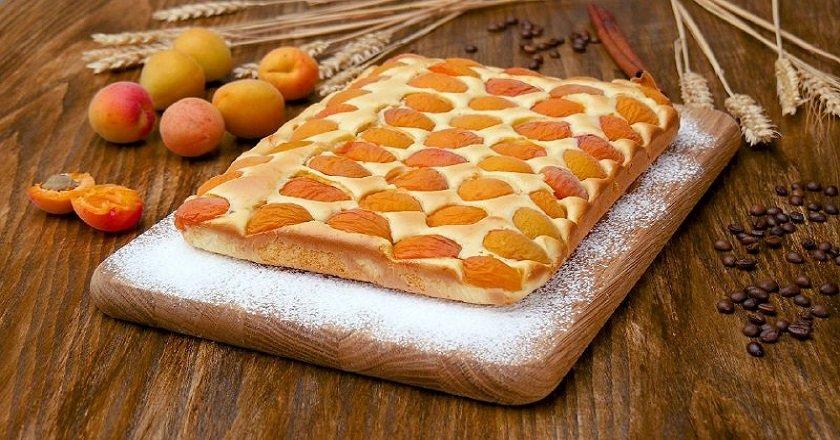Пиріг з абрикосами в духовці подивитися рецепт