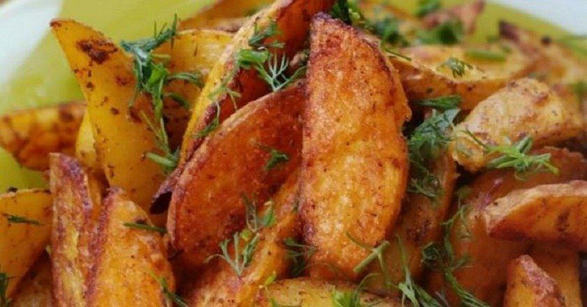 Молода картопля по-селянськи як приготувати, покрокові рецепти від «Це Смак»