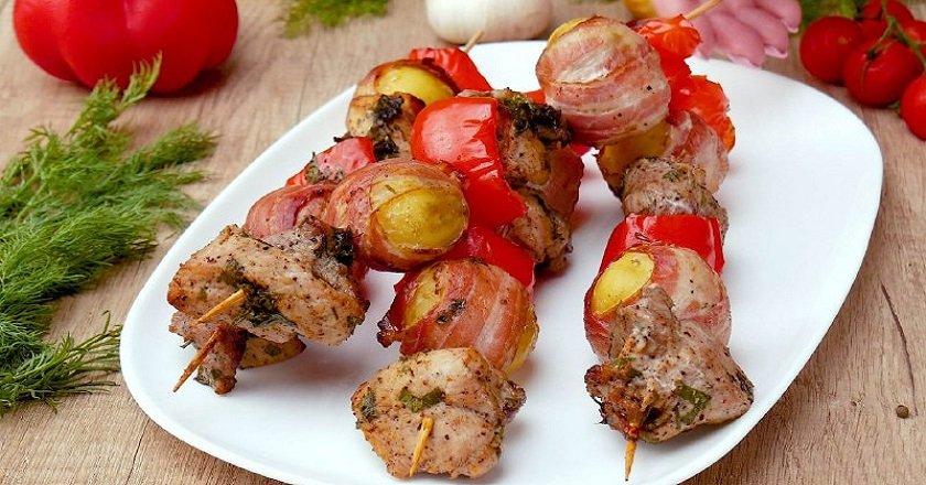 Шашлик з картоплею як приготувати, покрокові рецепти від «Це Смак»
