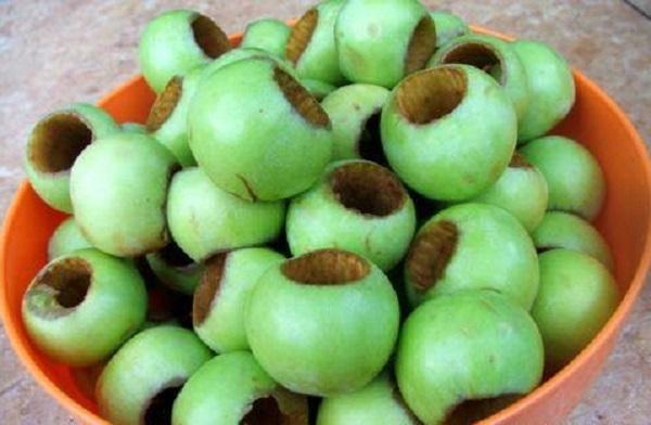 Прозоре варення з яблук