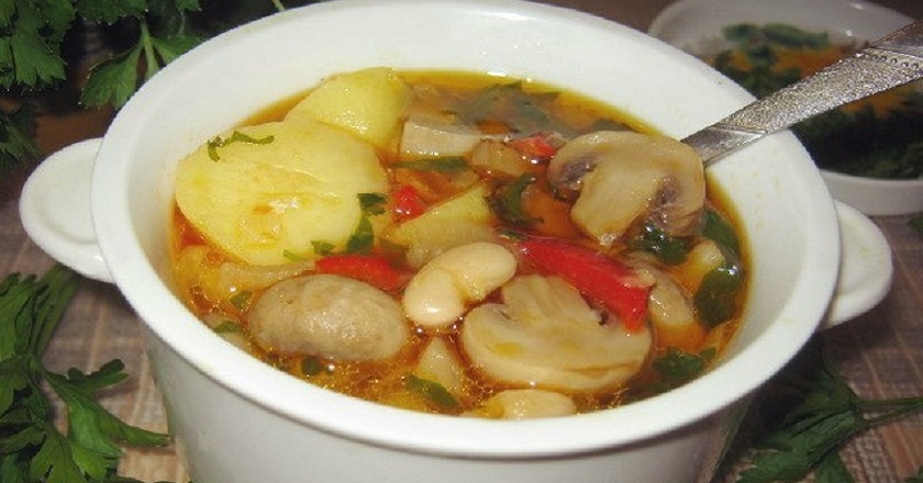 Грибний суп з картоплею подивитися рецепт