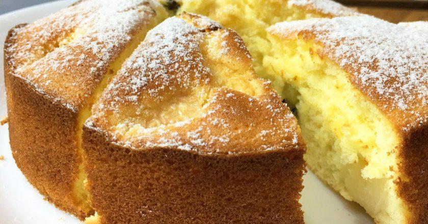Бісквітний пиріг з фруктами подивитися рецепт
