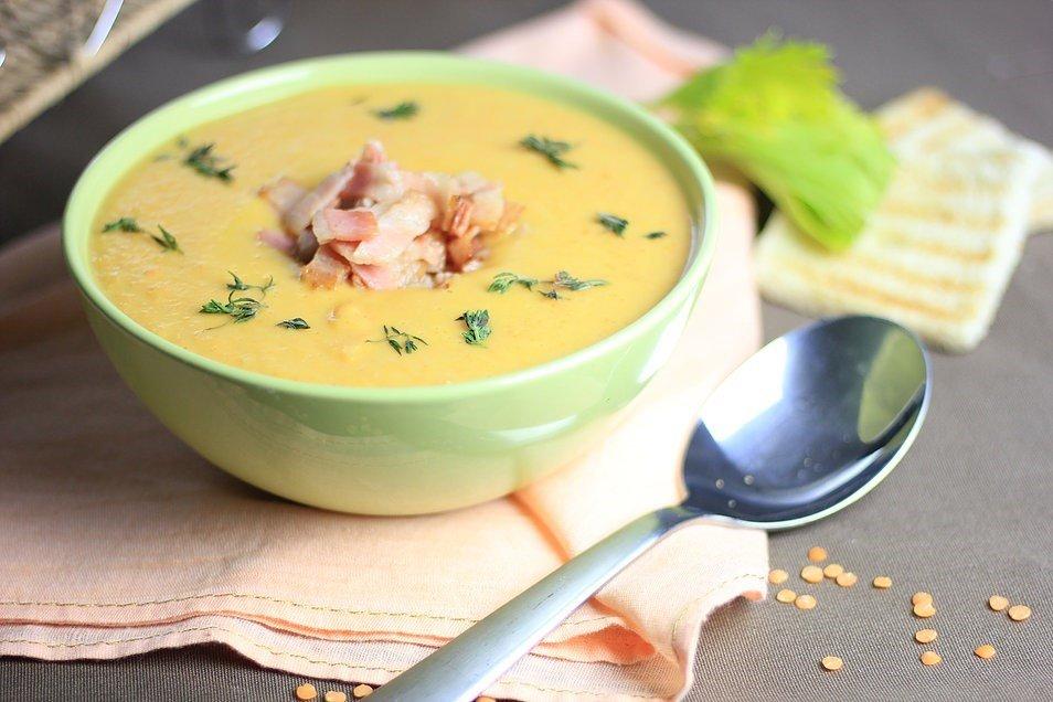 Суп з квасолею і сочевицею