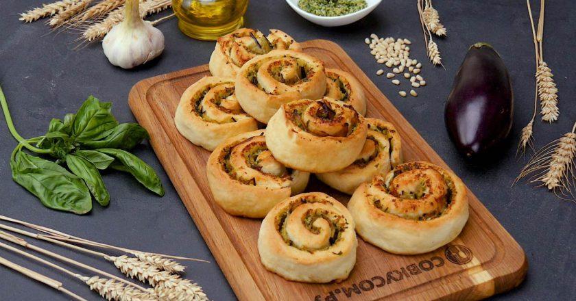Як приготувати закусочні булочки «Равлики» подивитися рецепт
