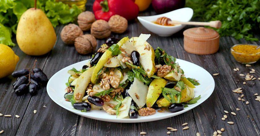 Як приготувати салат з грушею подивитися рецепт