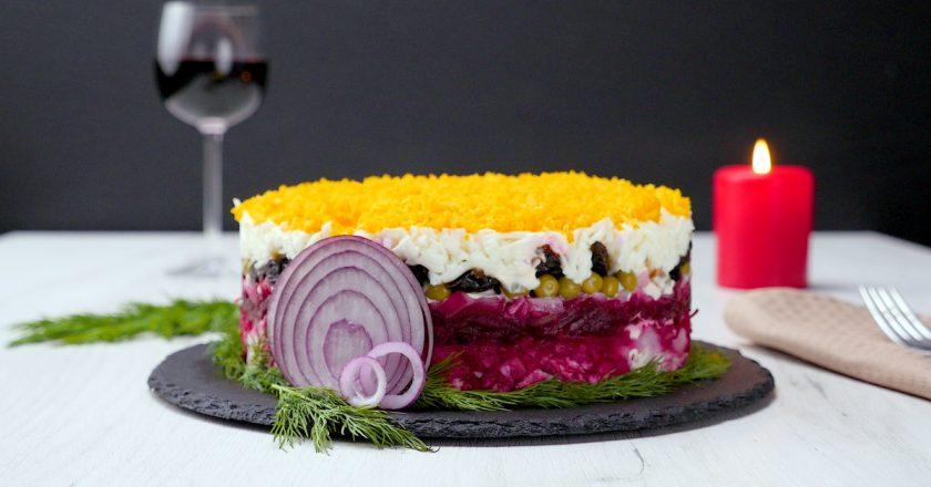 Як приготувати салат «Граф» подивитися рецепт