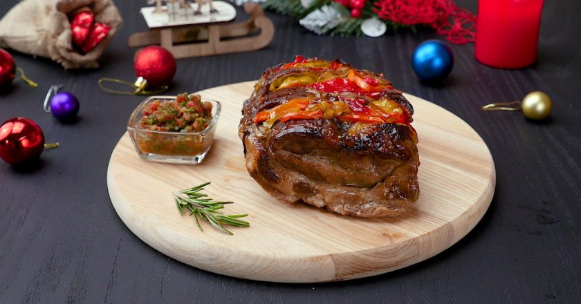 Свинина з овочами в духовці подивитися рецепт