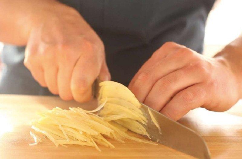 Картопляна запіканка без м'яса