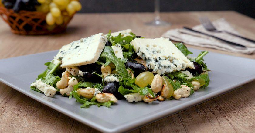 Як приготувати салат «Прованс» подивитися рецепт