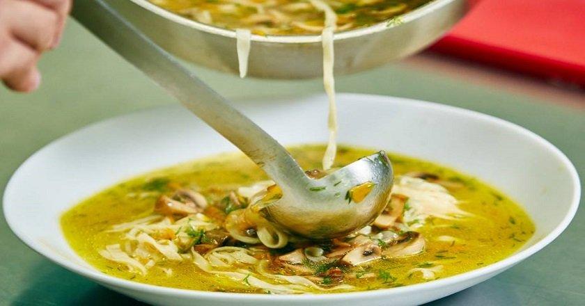Грибний суп з локшиною подивитися рецепт