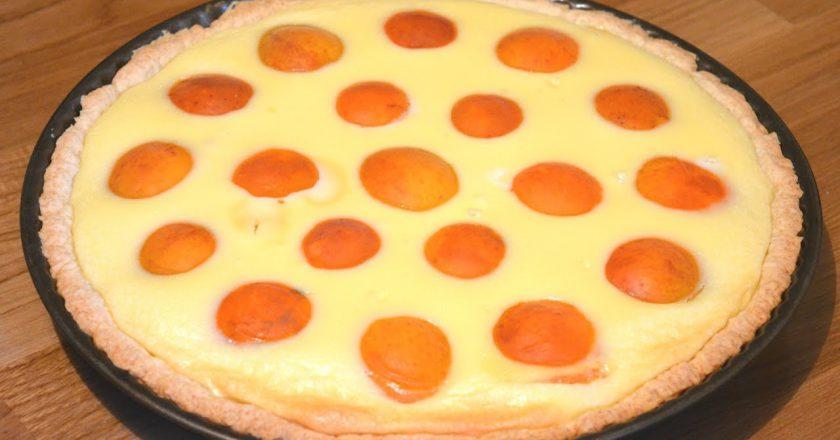 Пиріг з абрикосами подивитися рецепт