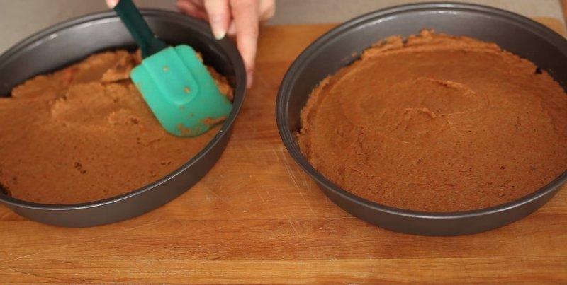 Морквяний пиріг з ванільним кремом