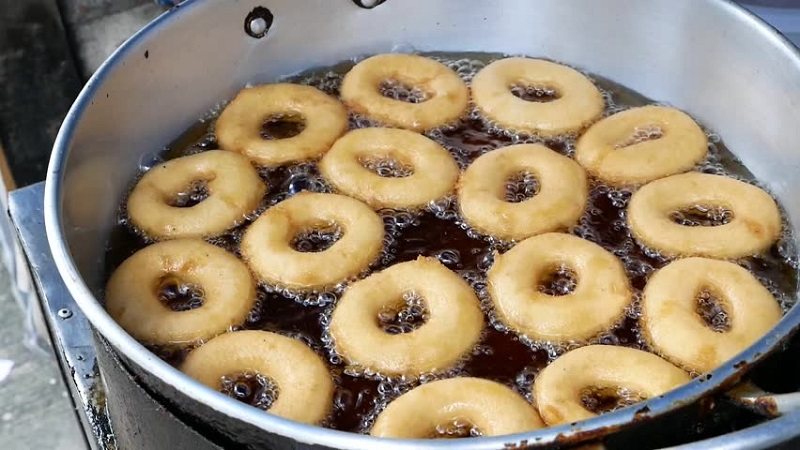 Солодкі пончики
