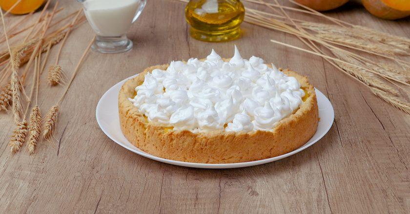 Як приготувати гарбузовий пиріг з безе подивитися рецепт