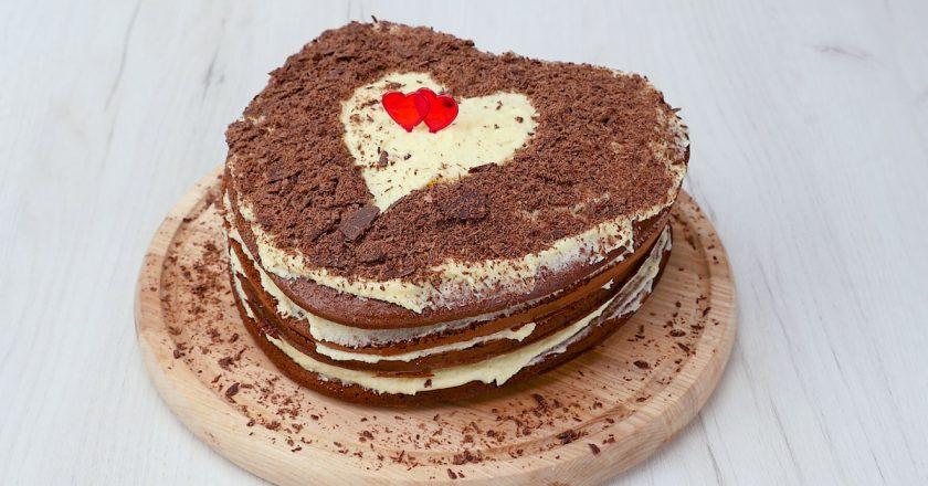 Як приготувати торт з масляним кремом подивитися рецепт