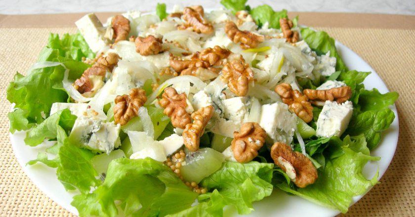 Салат з сиром і горіхами подивитися рецепт