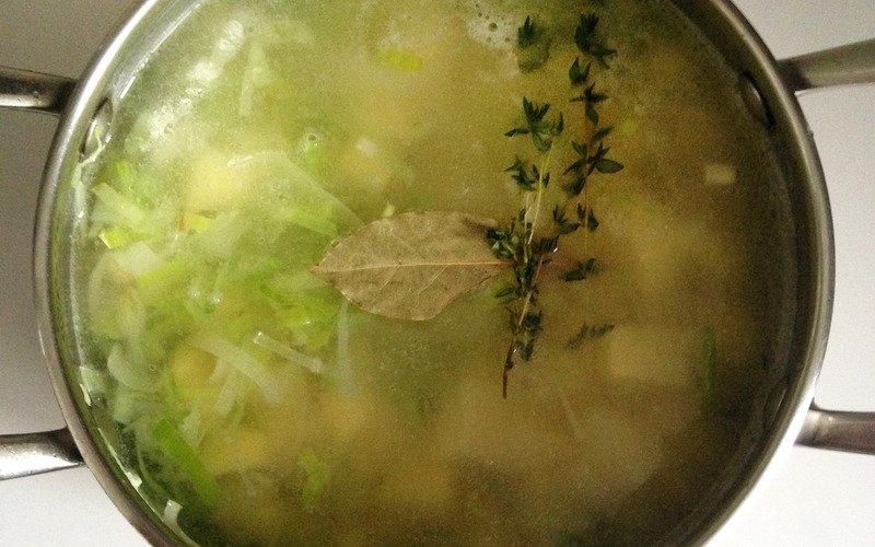 Суп-пюре з квасолі