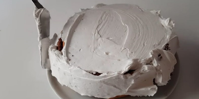 Торт з галетного печива