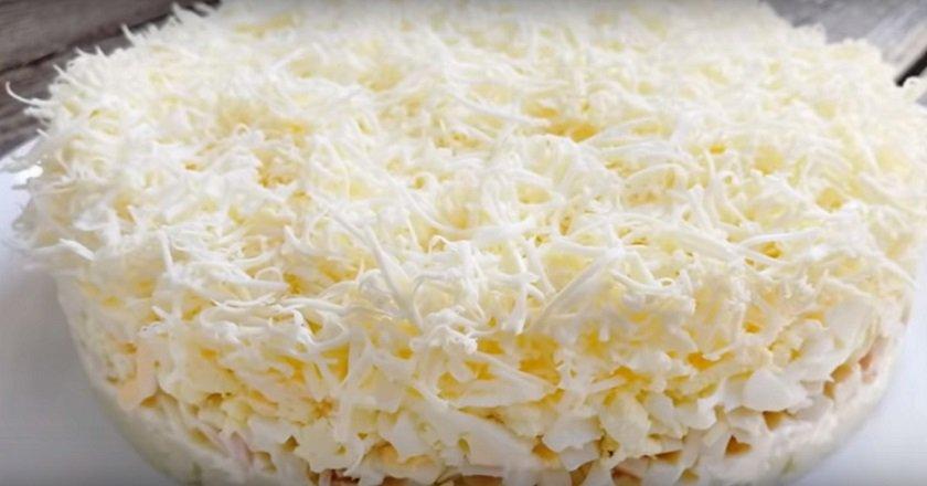 Салат «Пухнастий» як приготувати, покрокові рецепти від «Це Смак»