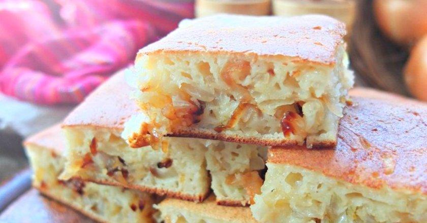 Цибулевий пиріг на сковороді подивитися рецепт