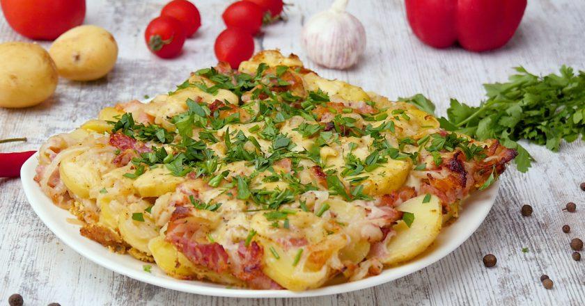 Як приготувати запіканку з молодої картоплі подивитися рецепт