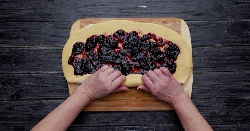 Як приготувати нечерствіющу булку подивитися рецепт