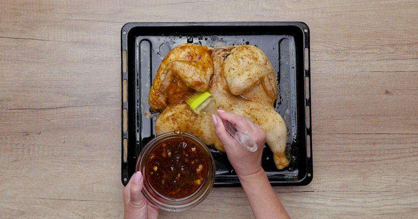 Як запекти курку в духовці подивитися рецепт