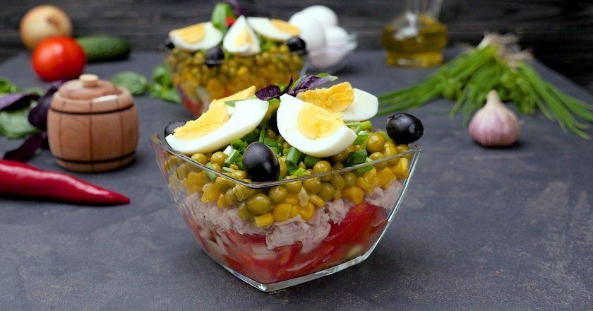 Як приготувати багатошаровий салат з тунцем подивитися рецепт