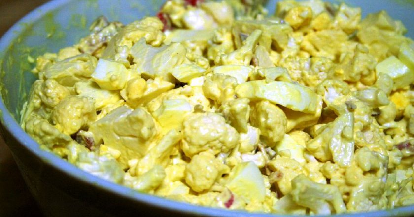 Салат з цвітної капусти подивитися рецепт
