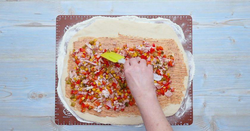 Як швидко приготувати піцу подивитися рецепт
