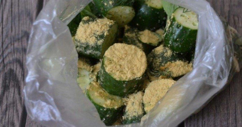 Огірки з гірчицею подивитися рецепт