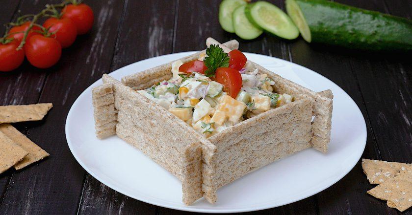 Як приготувати салат з печінкою тріски подивитися рецепт