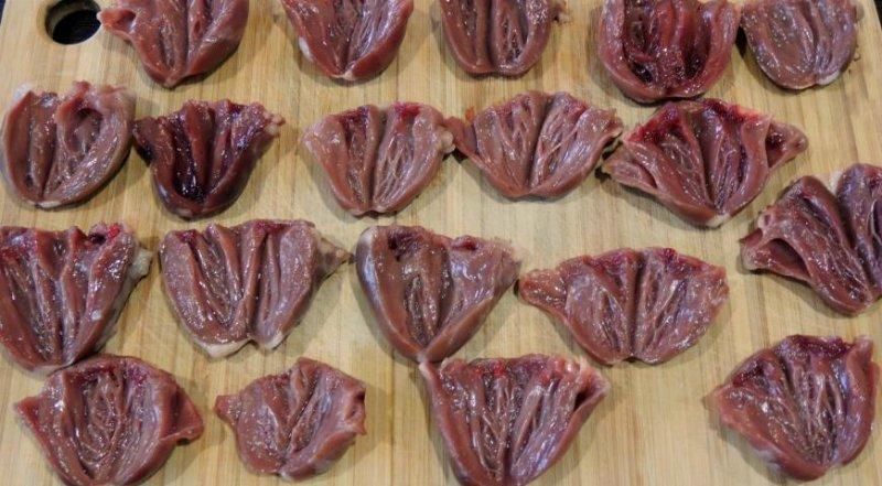 Курячі сердечка на сковороді