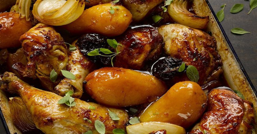 Картопля з чорносливом подивитися рецепт