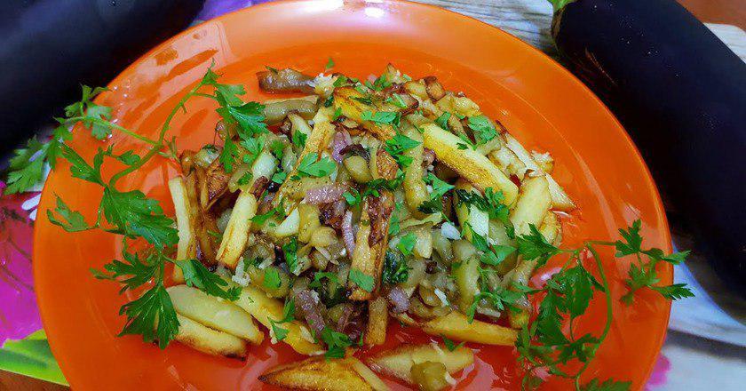 Картопля з баклажанами подивитися рецепт