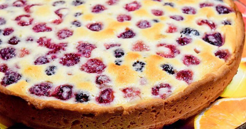 Малиновий пиріг подивитися рецепт