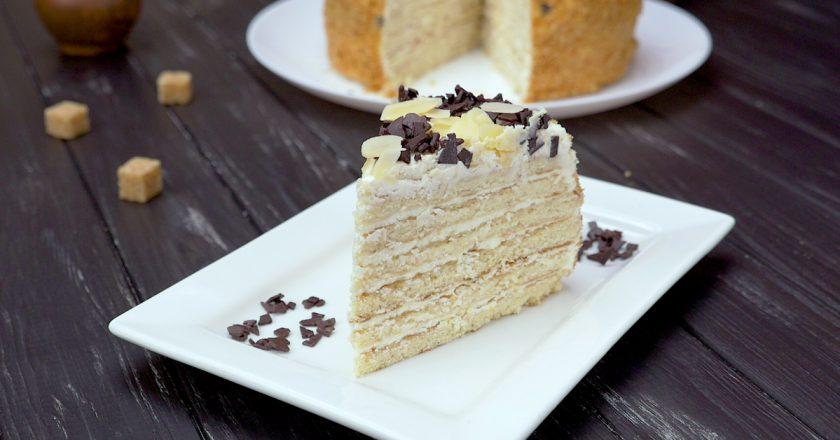 Як приготувати сметанний торт на сковороді подивитися рецепт