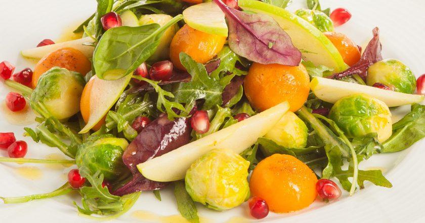 Святковий салат з гранатом подивитися рецепт